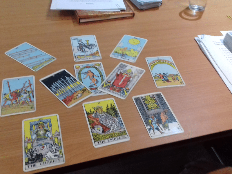London workshop be a better tarot reader - a tarot spread